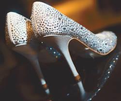 Туфли в камнях - Купить практичную